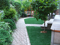 おしゃれにデザインされたお庭や門は心を豊かにします。